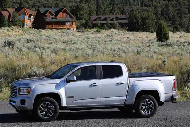 2017 GMC Canyon: New Car Review featured image large thumb1