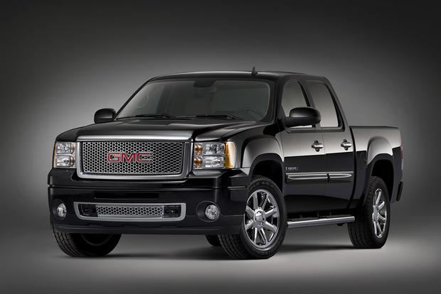2010 GMC Sierra 1500: Used Car Review featured image large thumb0