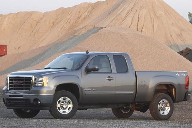 2007-2013 GMC Sierra 2500HD Used Car Review featured image large thumb3