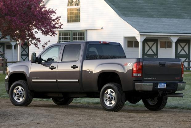 2013 GMC Sierra HD: New Car Review featured image large thumb1