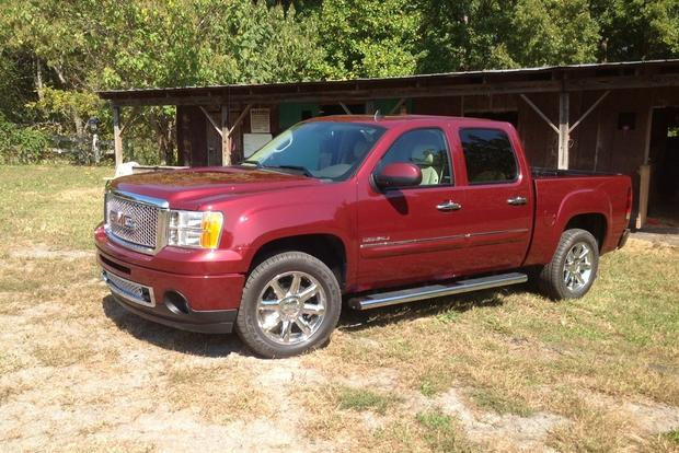 2013 GMC Sierra 1500 and Hybrid: New Car Review featured image large thumb2