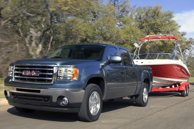 2013 vs. 2014 GMC Sierra 1500 featured image large thumb7