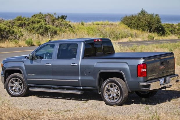2013 vs. 2014 GMC Sierra 1500 featured image large thumb4