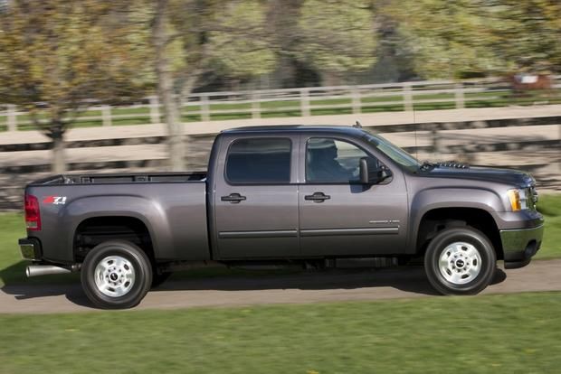 2014 GMC Sierra 2500HD: New Car Review featured image large thumb2
