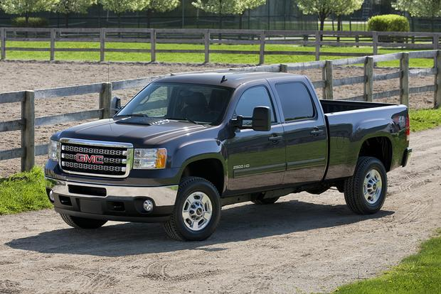 2014 vs. 2015 GMC Sierra HD: What's the Difference? featured image large thumb3
