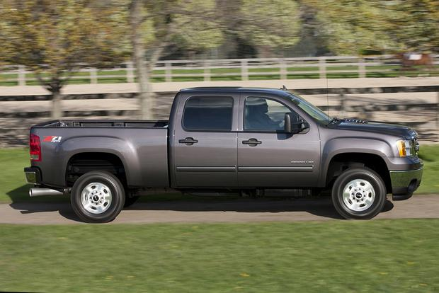 2014 vs. 2015 GMC Sierra HD: What's the Difference? featured image large thumb5