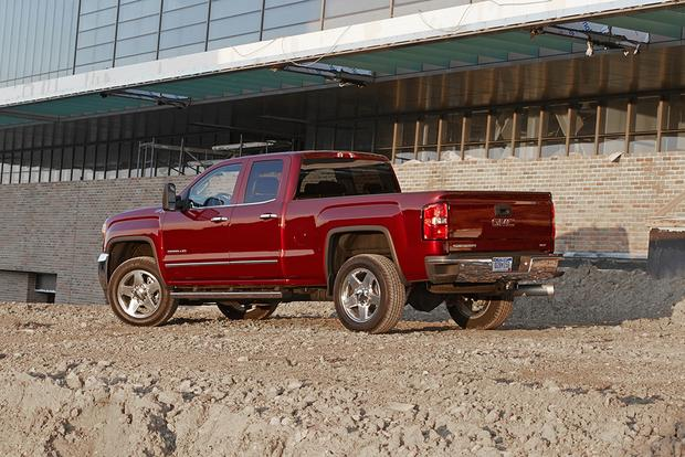 2014 vs. 2015 GMC Sierra HD: What's the Difference? featured image large thumb10