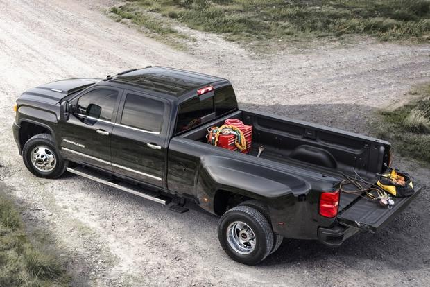 2015 GMC Sierra 3500HD: New Car Review featured image large thumb0