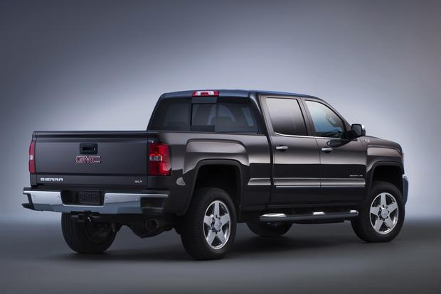 2015 GMC Sierra 2500HD: New Car Review featured image large thumb1
