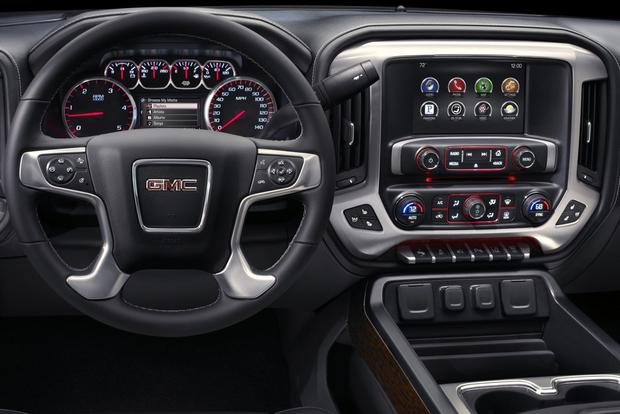 2015 GMC Sierra 2500HD: New Car Review featured image large thumb2