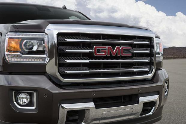 2016 GMC Sierra 2500HD: New Car Review featured image large thumb5