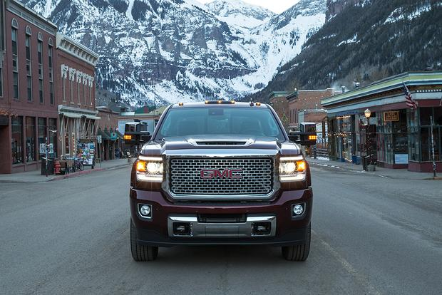 2017 GMC Sierra 2500HD: New Car Review featured image large thumb4