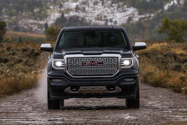 2018 GMC Sierra 1500: New Car Review featured image large thumb2