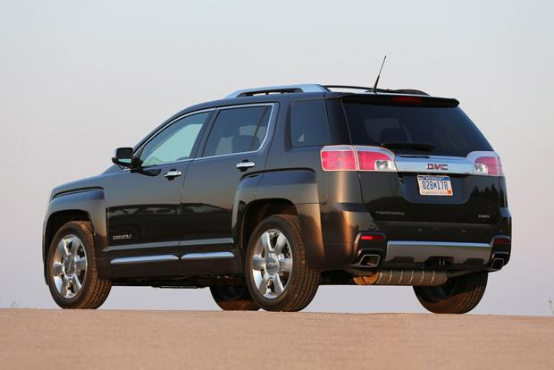 2014 GMC Terrain: New Car Review featured image large thumb2