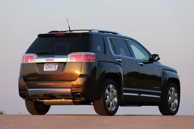 2014 GMC Terrain: New Car Review featured image large thumb3