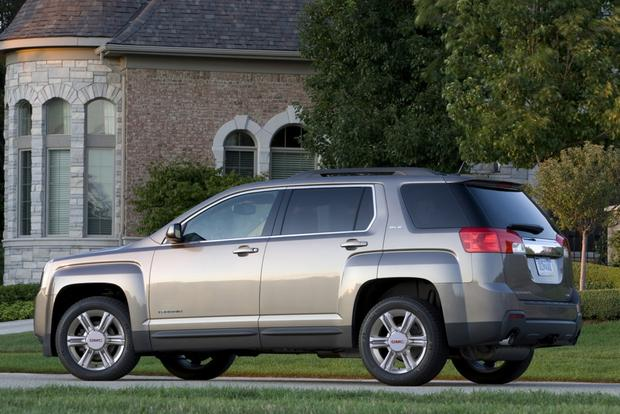 2015 GMC Terrain: New Car Review featured image large thumb0