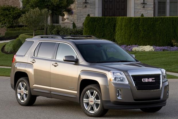 2015 GMC Terrain: New Car Review featured image large thumb1