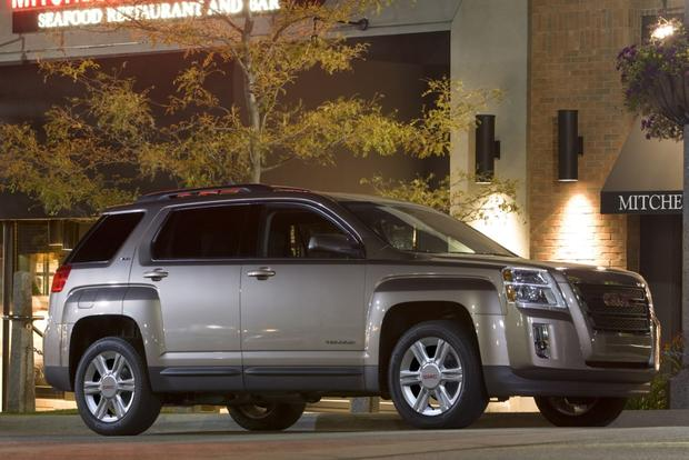 2015 GMC Terrain: New Car Review featured image large thumb2