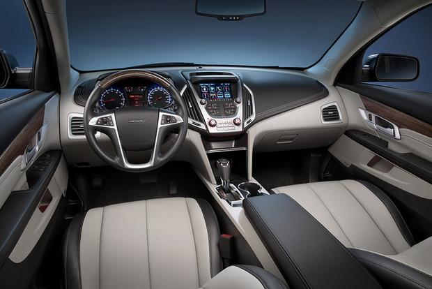 2015 GMC Terrain vs 2015 Chevrolet Equinox Whats the Difference