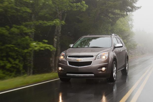 2015 GMC Terrain vs. 2015 Chevrolet Equinox: What's the Difference?