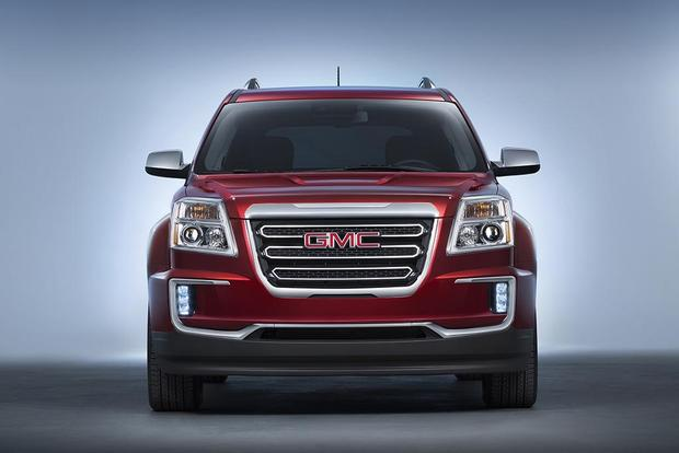 2016 GMC Terrain: New Car Review featured image large thumb2