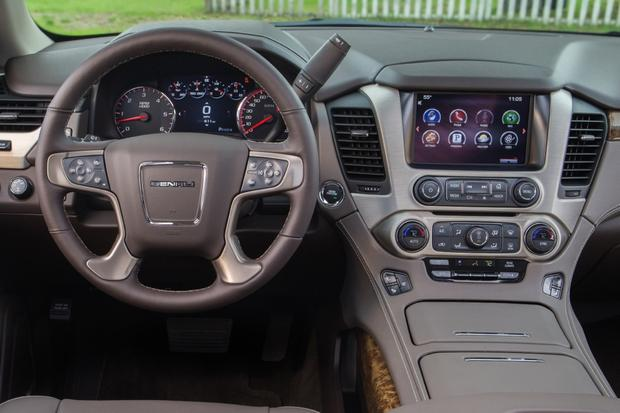 2015 gmc yukon new car review autotrader 2015 gmc yukon new car review featured image large thumb8 publicscrutiny Images