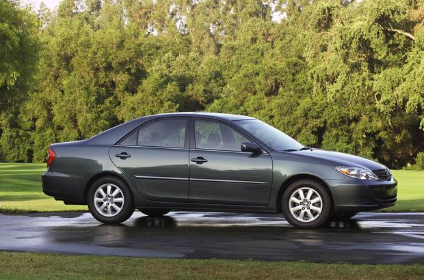 2003-2007 Honda Accord vs. 2002-2006 Toyota Camry: Which Is Better? featured image large thumb6
