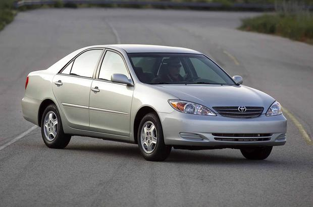 2003-2007 Honda Accord vs. 2002-2006 Toyota Camry: Which Is Better? featured image large thumb10