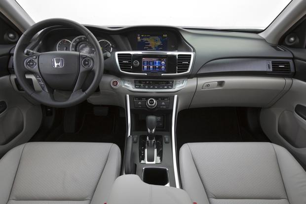2013 Honda Accord: New Car Review featured image large thumb10