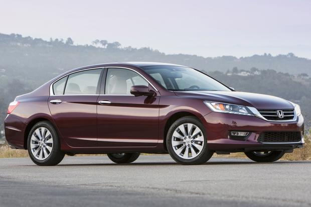 This or That: 2013 Honda Accord Sedan or 2013 Nissan Altima Sedan featured image large thumb1