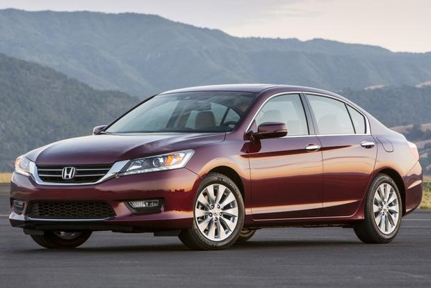 This or That: 2013 Honda Accord Sedan or 2013 Nissan Altima Sedan featured image large thumb3
