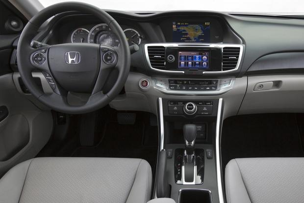 This or That: 2013 Honda Accord Sedan or 2013 Nissan Altima Sedan featured image large thumb11