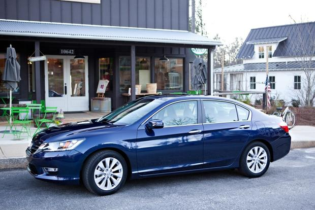 2013 Honda Accord: Real Fuel Economy featured image large thumb1