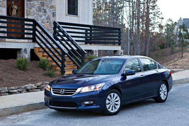 2013 honda accord used car review autotrader for Used honda accords