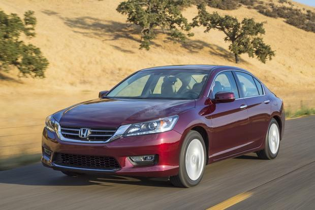 2014 Honda Accord: New Car Review featured image large thumb1