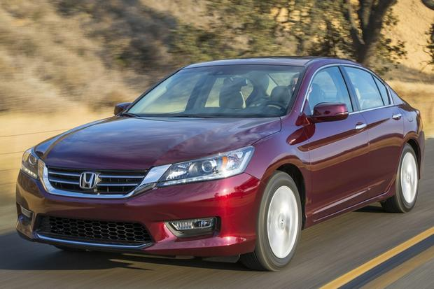 2014 Honda Accord vs. 2014.5 Toyota Camry: Which Is Better? featured image large thumb2