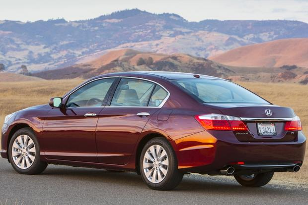2014 Honda Accord vs. 2014.5 Toyota Camry: Which Is Better? featured image large thumb4