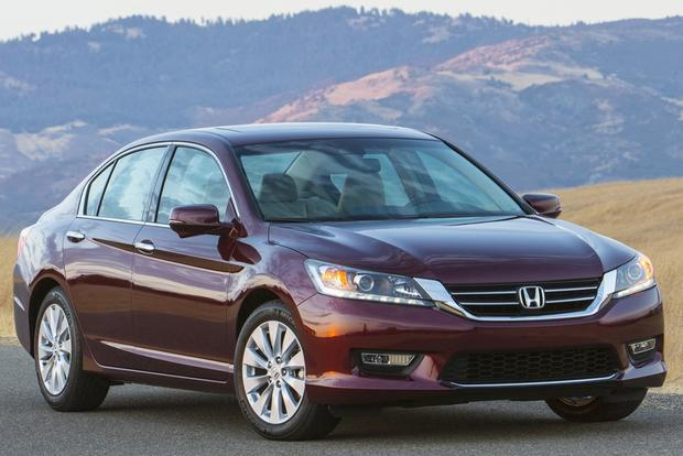 2014 Honda Accord vs. 2014.5 Toyota Camry: Which Is Better? featured image large thumb8