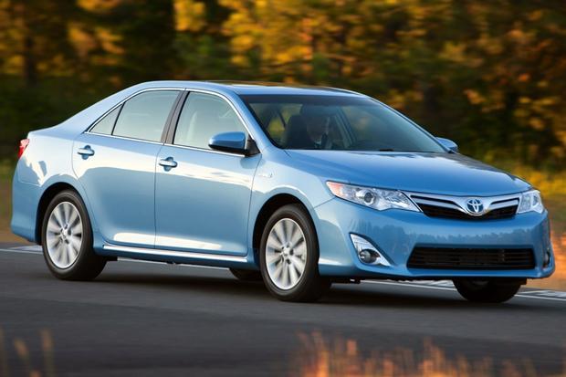 2014 Honda Accord Hybrid Vs 2014 Toyota Camry Hybrid Which Is Better ...