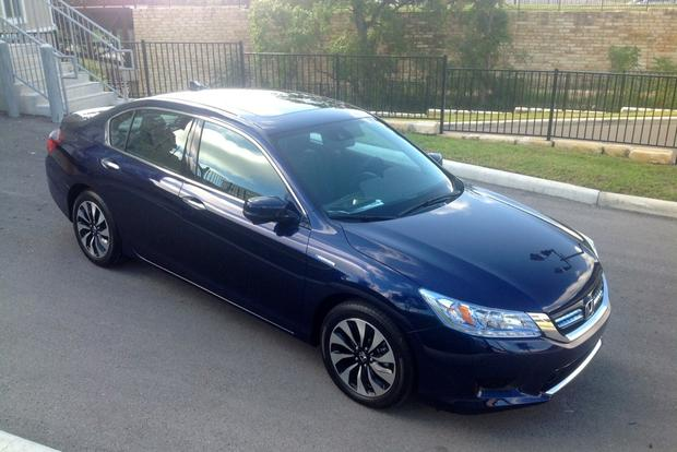 2014 Honda Accord Hybrid: First Drive Review featured image large thumb1