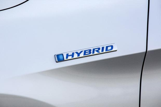 2014 Honda Accord Hybrid & Plug-In Hybrid: New Car Review featured image large thumb4