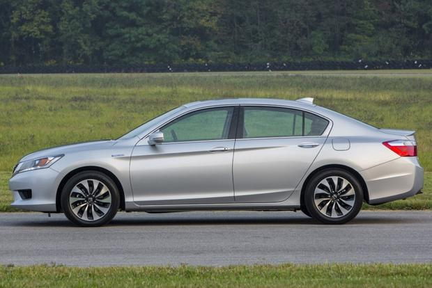2014 Ford Fusion vs. 2014 Honda Accord: Which Is Better? featured image large thumb7