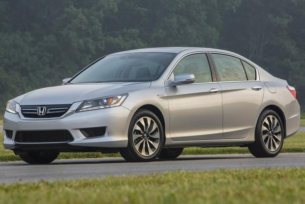 2014 Ford Fusion vs. 2014 Honda Accord: Which Is Better? featured image large thumb5