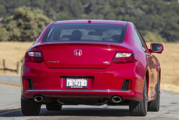 2015 Honda Accord: Used Car Review featured image large thumb2
