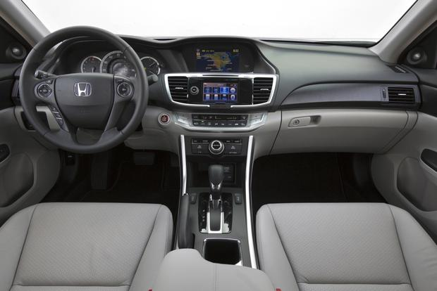 2015 Honda Accord: Used Car Review featured image large thumb7