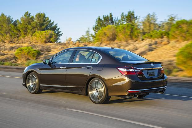 2016 Honda Accord: First Drive Review featured image large thumb7