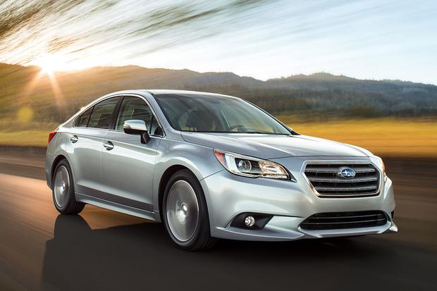 2016 Honda Accord vs. 2016 Subaru Legacy: Which Is Better?