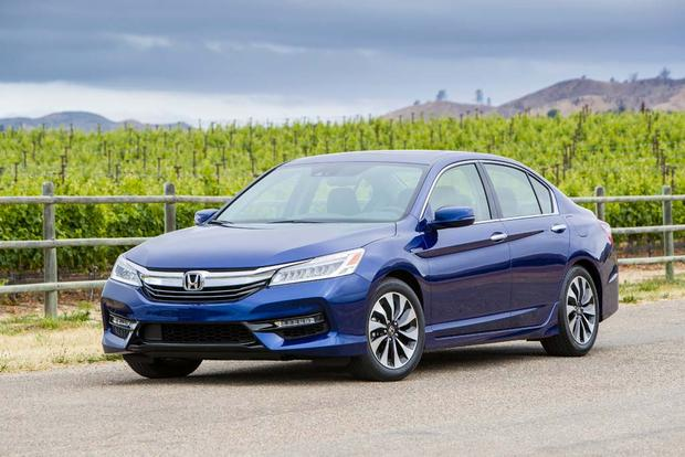 2017 Honda Accord Hybrid: First Drive Review