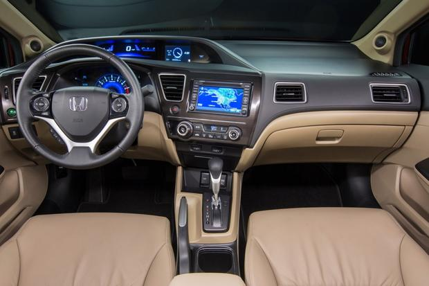 2013 Honda Civic: New Car Review featured image large thumb20