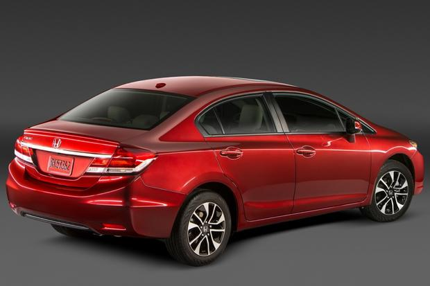 Honda Awd Sedan >> 2013 vs. 2014 Honda Civic: What's the Difference? - Autotrader